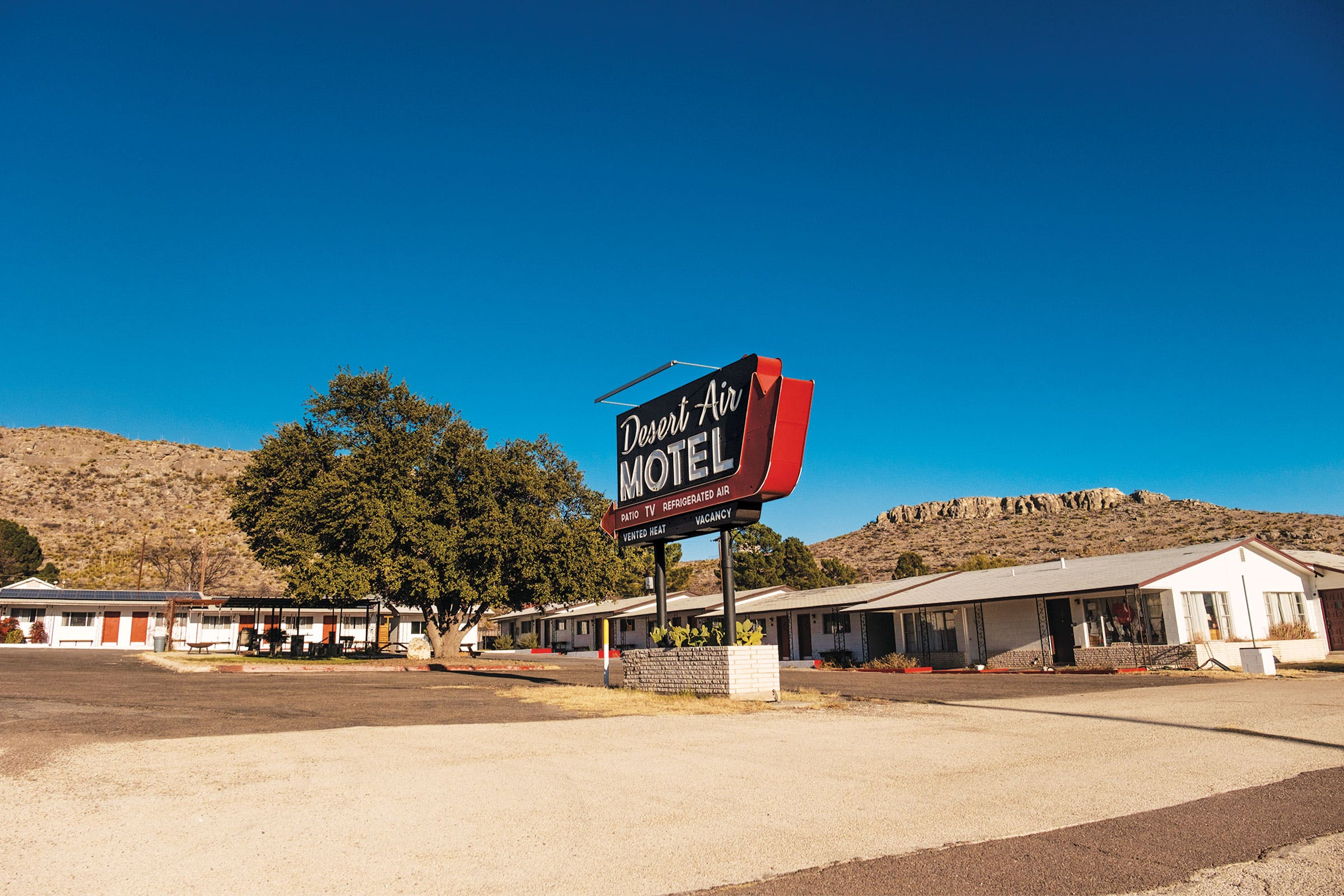 sanderson-big-bend-desert-air-motel