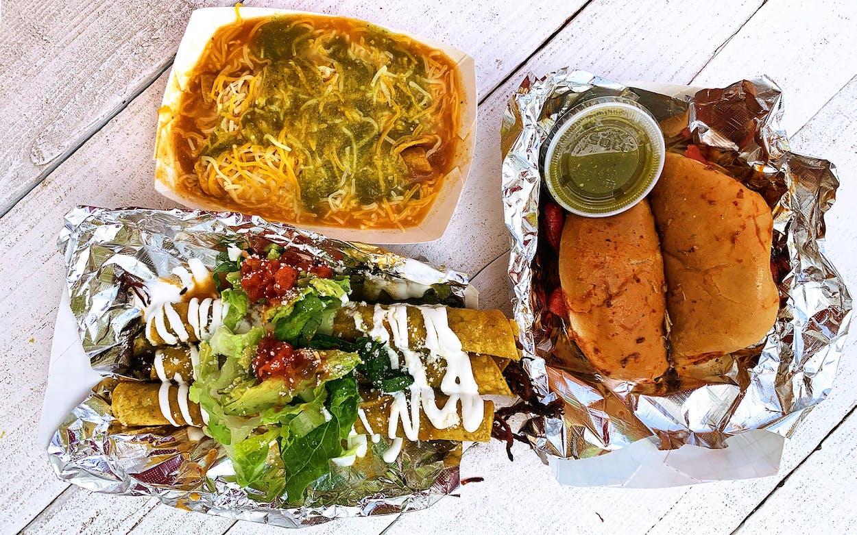 El Perrito tacos in Austin