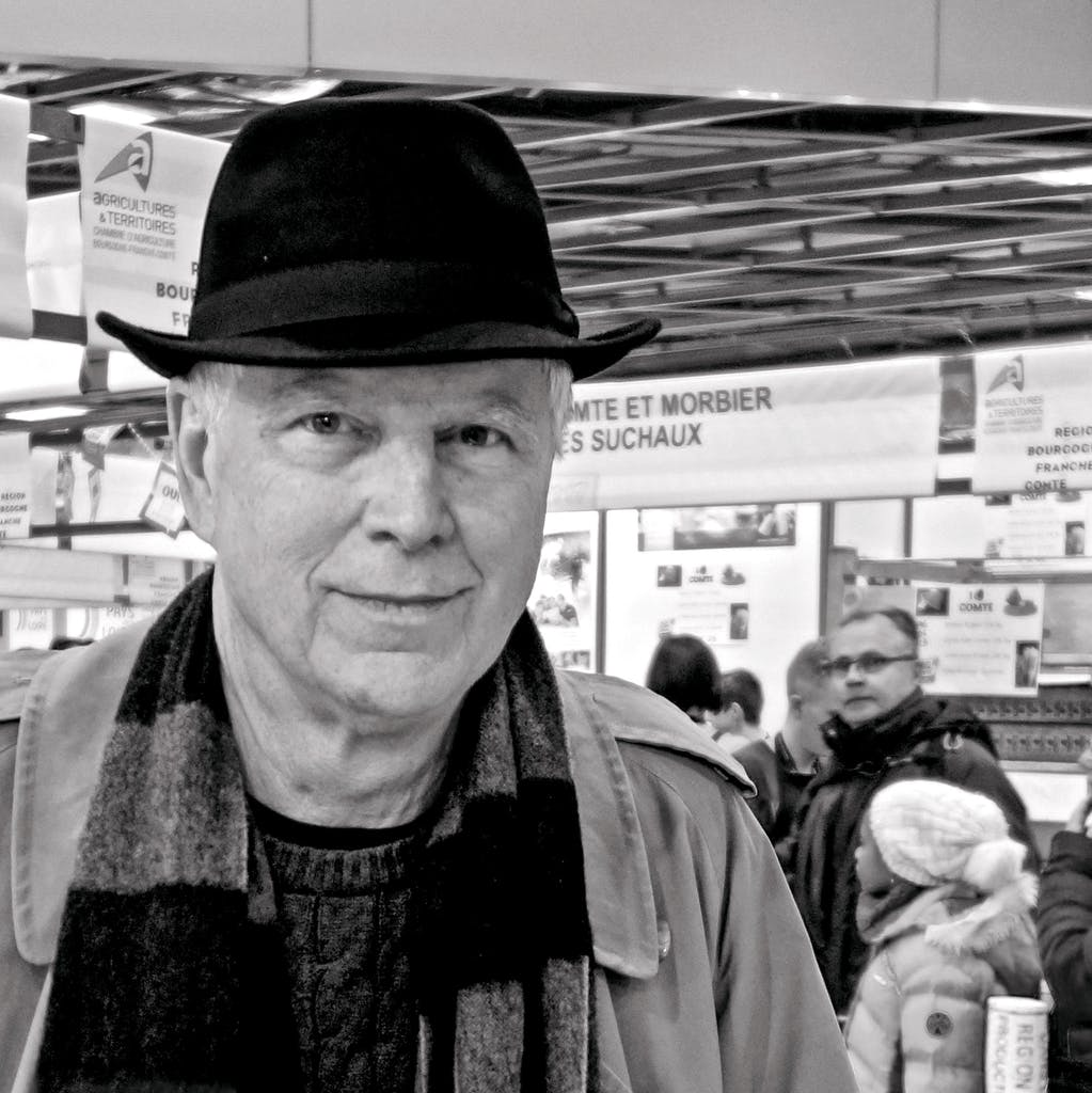author Greg Curtis