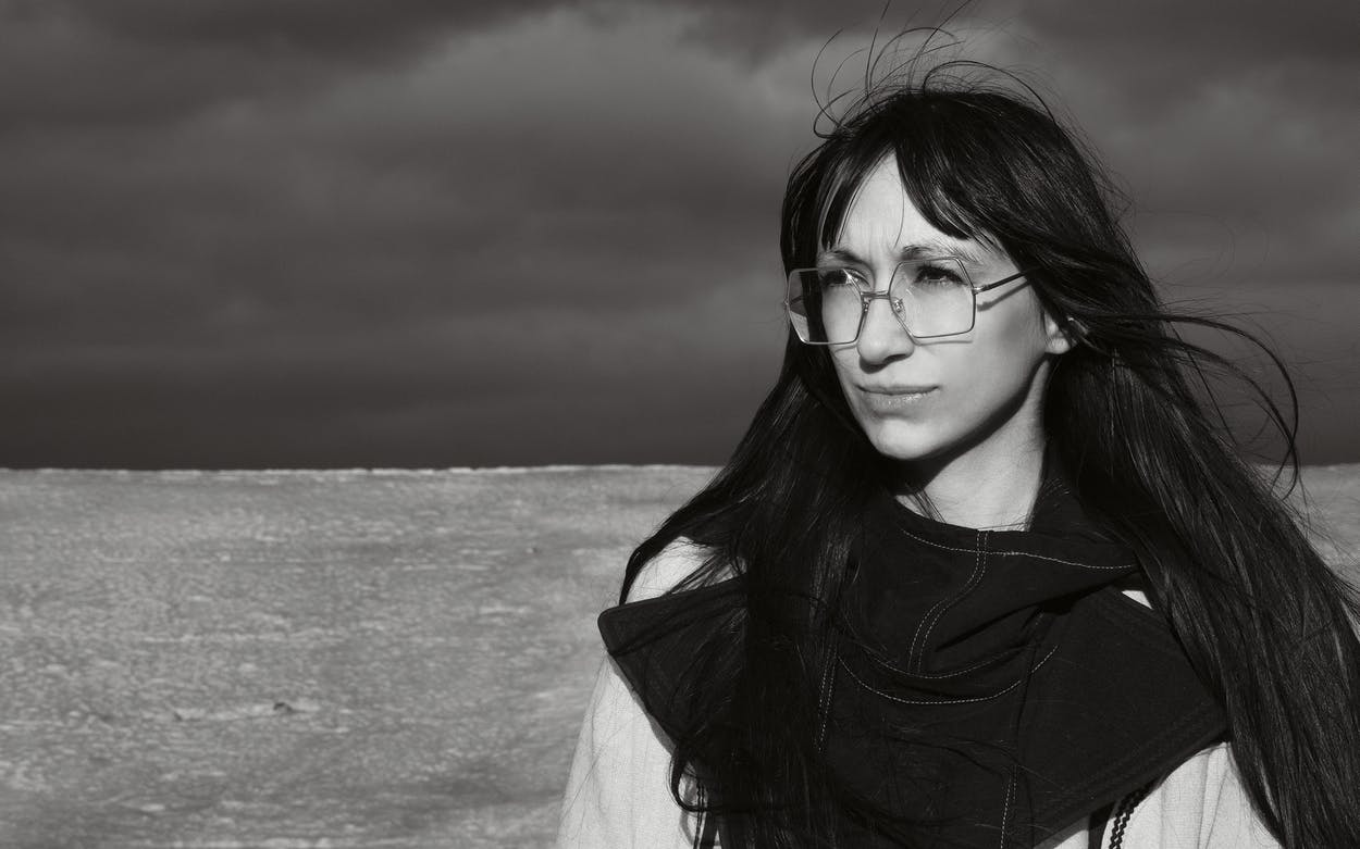 artist Lisa Alvarado