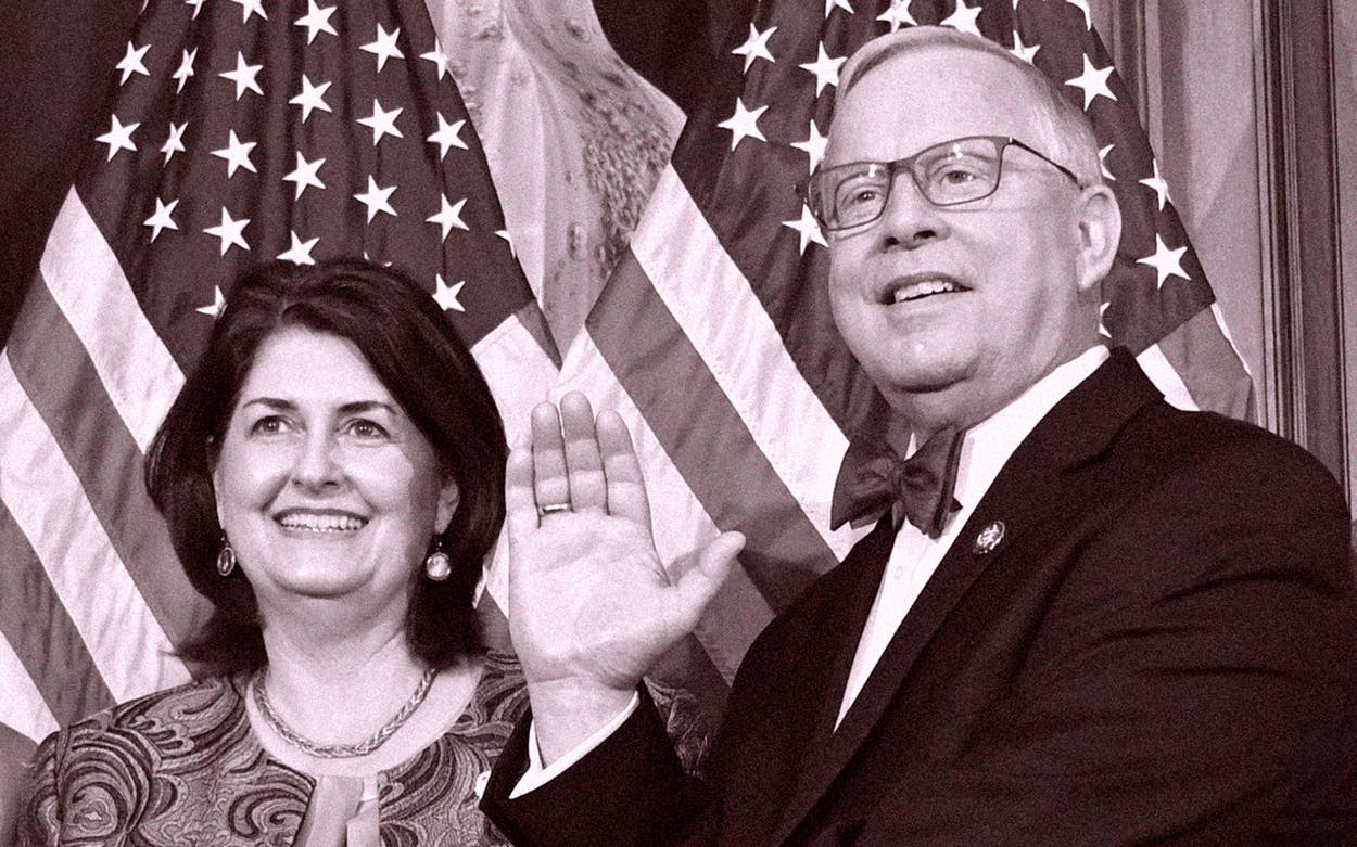 Susan and Ron Wright during a ceremonial swearing-in on January 3, 2019.