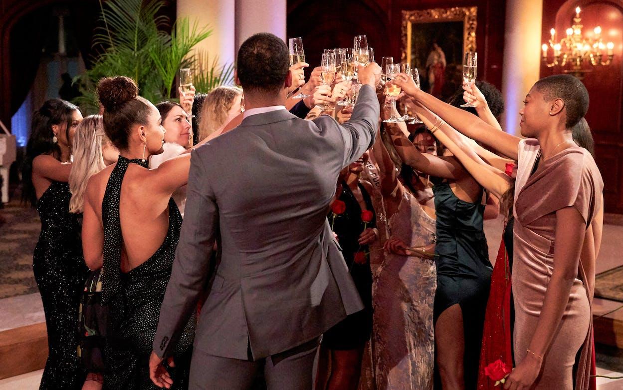 Bachelor host Chris Harrison leaving