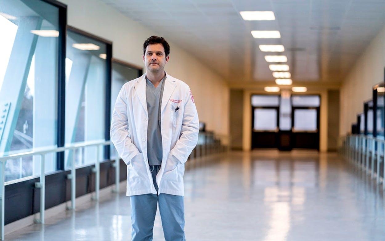 Joshua Jackson as Christopher Dutsch in Dr. Death.