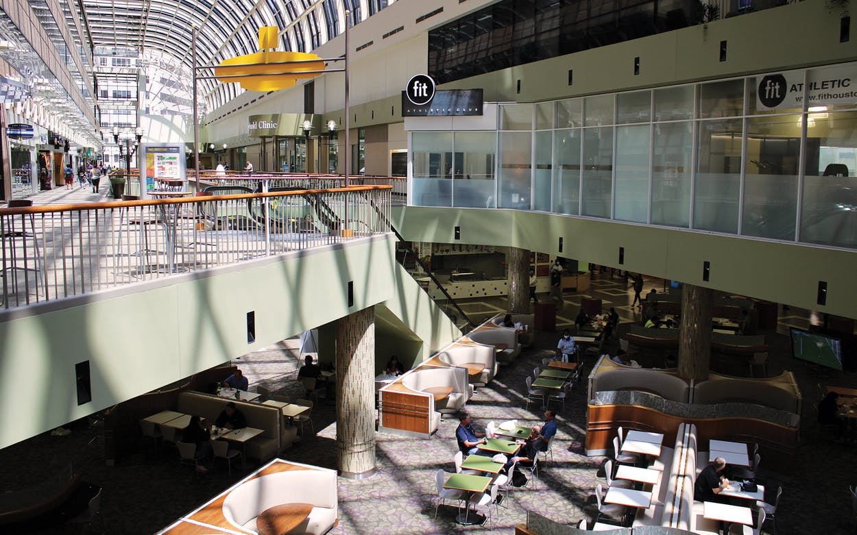 The Houston Center at 1200 McKinney connects to the E. McKinney Tunnel. Its shops also mostly empty with low foot traffic.