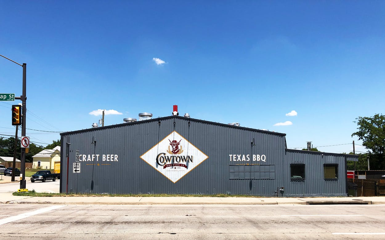 Cowtown Brewing Exterior