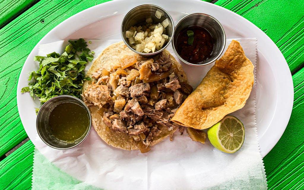 Austin-Carnitas-El-Güero-Taco