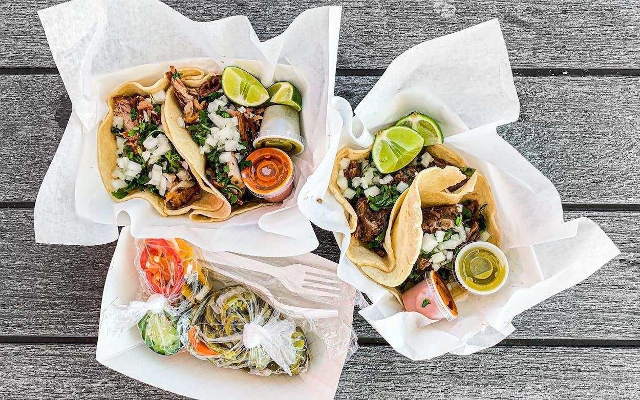 Houston-Diegos-Famous-Carnitas-tacos-feat