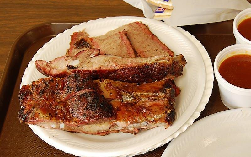 Zimmerhanzel's BBQ in Smithville